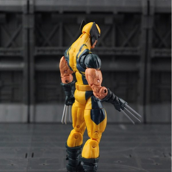 Marvel Legends Wolverine Logan Action Figure Yellow Classic Puck Series X Men 3