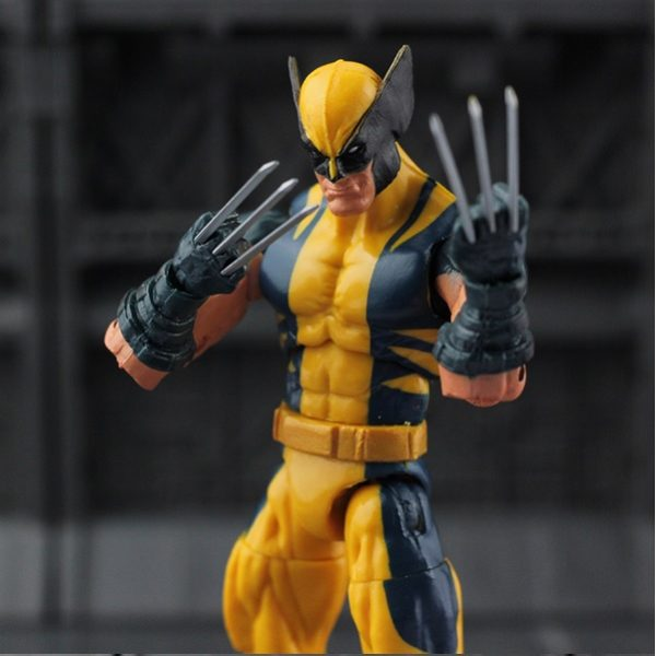 Marvel Legends Wolverine Logan Action Figure Yellow Classic Puck Series X Men 2