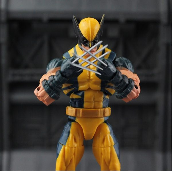 Marvel Legends Wolverine Logan Action Figure Yellow Classic Puck Series X Men 1