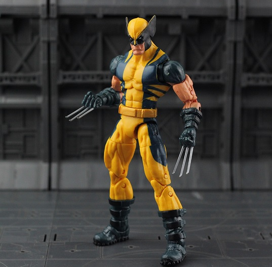 Marvel Legends Wolverine Logan Action Figure Yellow Classic Puck Series X Men