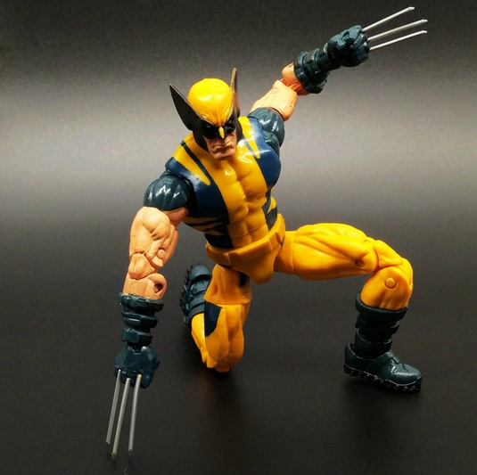 Wolverine Action Figure Marvel Legends Yellow Classic Suit X Men Universe Series 2