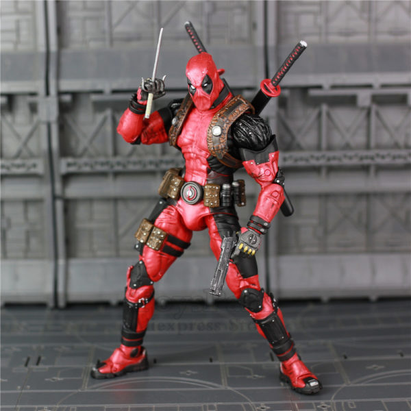 Deadpool Action Figure Marvel Classic 7.5 inch 3