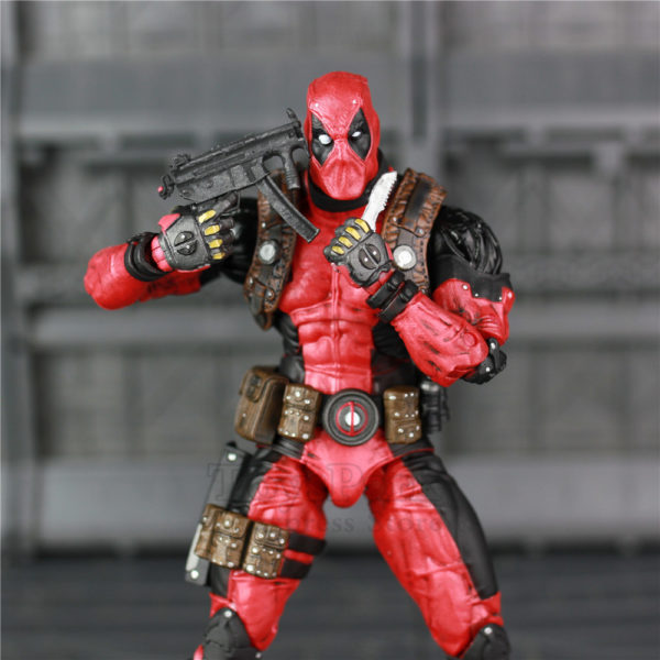Deadpool Action Figure Marvel Classic 7.5 inch 4
